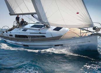Rent a sailboat in Marina Gouvia - Bavaria 37 Cruiser