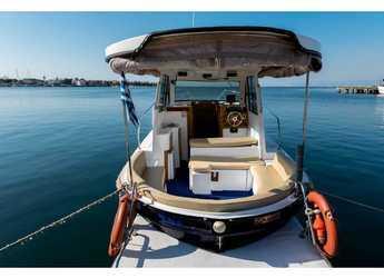 Rent a motorboat in Kavala - Rasker Sloop 7.1