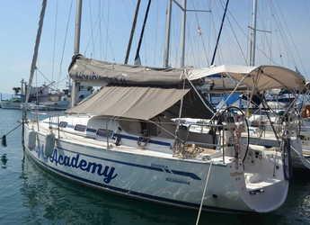 Rent a sailboat in Kavala - Bavaria 35 Match