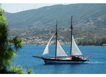 Rent a schooner in Alimos Marina Kalamaki - Gulet Motorsailer