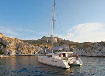 Rent a catamaran in Marina Skiathos  - Lagoon 400 S2