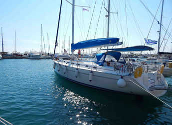 Rent a sailboat in Marina Zeas - Cyclades 50.5
