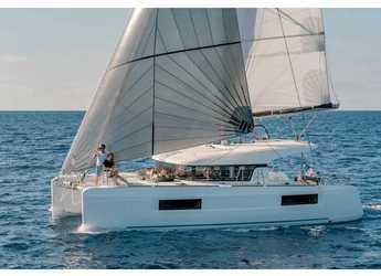 Rent a catamaran in Palermo - Lagoon 40