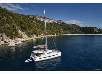 Rent a catamaran in Palermo - Bali 5.4.