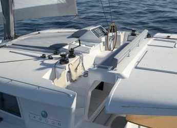 Rent a catamaran in Port of Lefkada - Lagoon 450