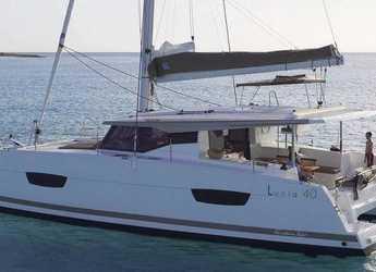 Chartern Sie katamaran in Puerto del Rey Marina - Fountaine Pajot Lucia 40 - 3 cab.