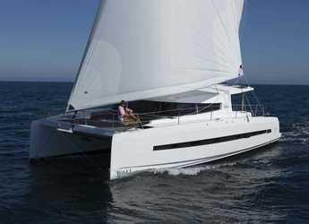 Rent a catamaran in Palm Cay Marina - Bali 4.5 - 4 + 2 cab.
