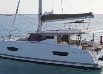 Rent a catamaran in Palm Cay Marina - Fountaine Pajot Lucia 40 - 3 cab.