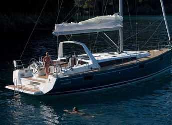 Chartern Sie segelboot in Porto Lotti  - Oceanis 48 - 5 cab.