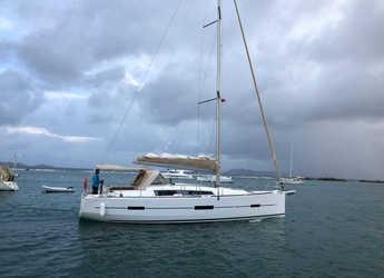 Alquilar velero en Puerto del Rey Marina - Dufour 412 GL