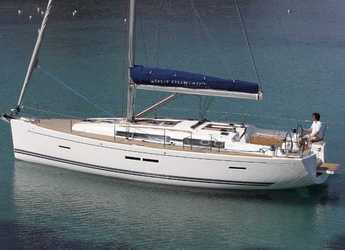 Rent a sailboat in Anse Marcel Marina (Lonvilliers) - Dufour 405 GL
