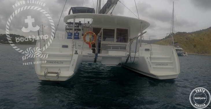 Rent a catamaran in Club Náutico Ibiza - Lagoon 400