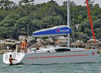 Rent a sailboat in Rodney Bay Marina - Sunsail 41.3 (Classic)