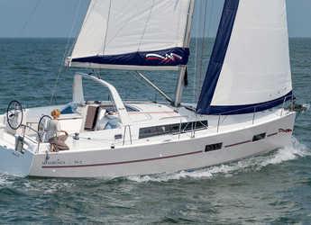 Rent a sailboat in Placencia - Moorings 382 (Club)