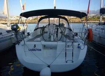 Chartern Sie segelboot in Port of Santa Cruz de Tenerife - Oceanis 37