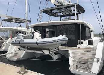 Rent a catamaran in Inner Harbour Marina (Road Town) - Lagoon 52F - 6 cab