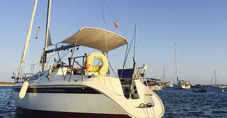 Rent a sailboat in Playa Talamanca - Sun Odyssey 28.1