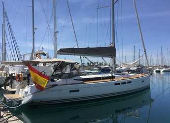Rent a sailboat in Marina Real Juan Carlos I - Jeanneau Sun odyssey 509