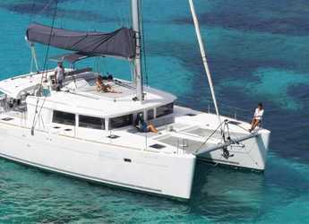 Rent a catamaran in Club Náutico Ibiza - Lagoon 450