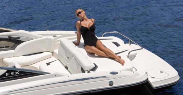 Alquilar lancha en Marina Ibiza - Monterey 244 FS