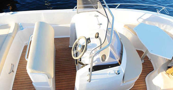 Alquilar barco a motor Pacific Craft 625 Open en Marina Ibiza, Ibiza (ciudad)