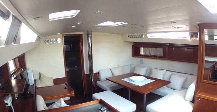 Rent a sailboat in Port Mahon - Beneteau Oceanis 48