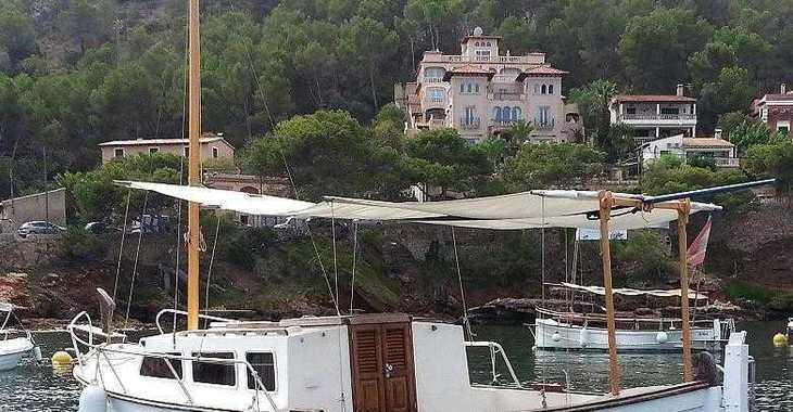 Alquilar barco a motor Menorquín Capeador en Port d'andratx, Andratx