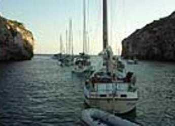 Rent a sailboat Dufour 40 in Port d'Aiguadolç, Sitges