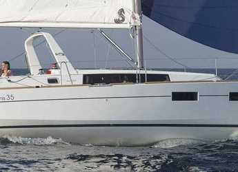 Rent a sailboat in Port Mahon - Oceanis 35 Cruiser