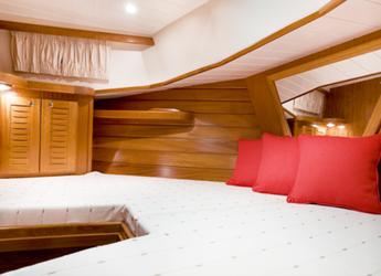 Alquilar yate Menorquin yachts open 100 en Port Mahon, Mahon