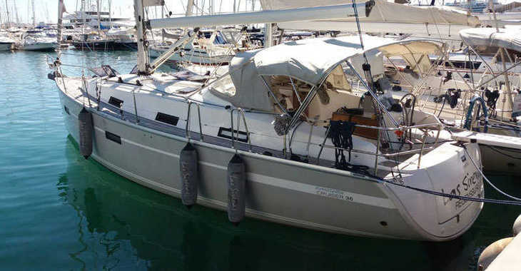 Rent a sailboat in Port Mahon - Bavaria 36 Cruiser