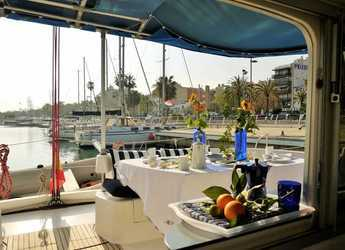 Rent a catamaran LAVEZZI 40  in Port Vell, Barcelona City