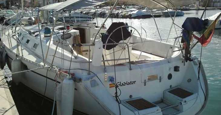 Rent a sailboat in Marina el Portet de Denia - Beneteau Oceanis 440