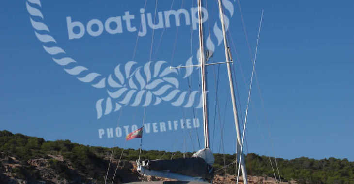 Rent a catamaran in Club Naútico de Sant Antoni de Pormany - Lagoon 470