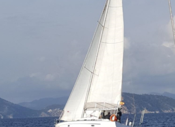 Rent a sailboat in Contra Muelle Mollet - Bavaria 40