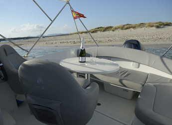 Rent a motorboat BENETEAU FLYER 650 SUN DECK in Marina Botafoch, Ibiza (city)