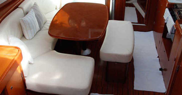 Alquilar velero Beneteau Oceanis Clipper 393 en Marina Greenwich, Altea