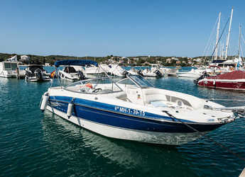 Rent a motorboat in Port Mahon - Bayliner 245 BR