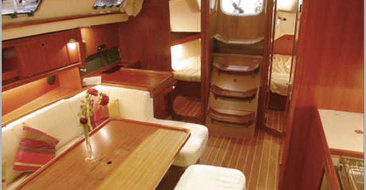 Rent a sailboat in Marina el Portet de Denia - Dufour 385  Le Grand Large