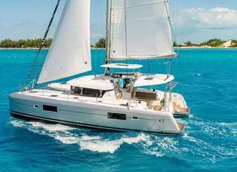 Rent a catamaran in Blue Lagoon - Lagoon 42