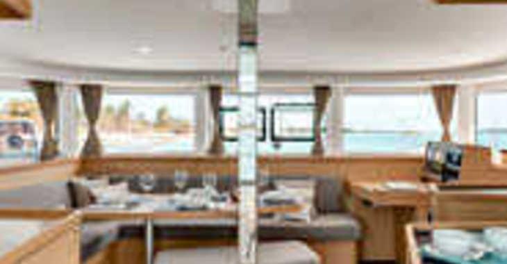 Alquilar catamarán Lagoon 42 en Cala Nova, Palma de mallorca