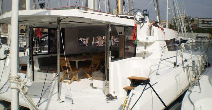 Rent a catamaran in Port Louis Marina - Bali 4.0