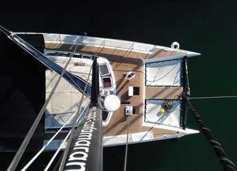 Rent a catamaran in Naviera Balear - Freebird 45