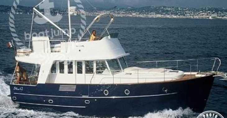 Rent a yacht in Marina el Portet de Denia - Trawler 42