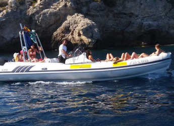 Rent a dinghy in Es Portitxol - ALSON FLASH 750