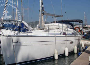 Rent a sailboat in Marina Botafoch - Bavaria 37