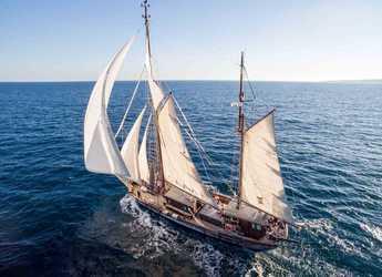 Rent a sailboat in Marina Port de Mallorca - Velero Clásico