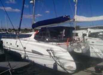 Rent a catamaran in Marina Real Juan Carlos I - Bahía 46