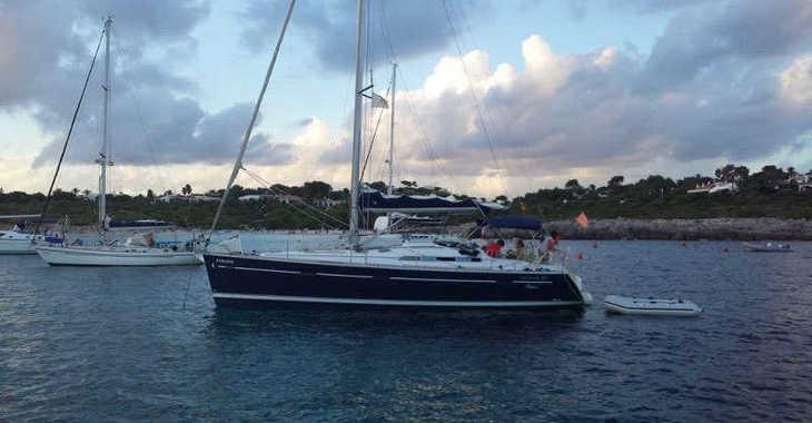 Rent a sailboat in Port Mahon - Oceanis 393