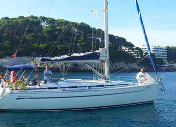 Rent a sailboat in Port Mahon - Bavaria 38